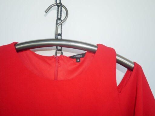 Rotes Kleid.JPG